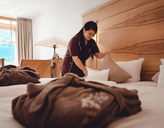 Zimmermädchen Reinigung